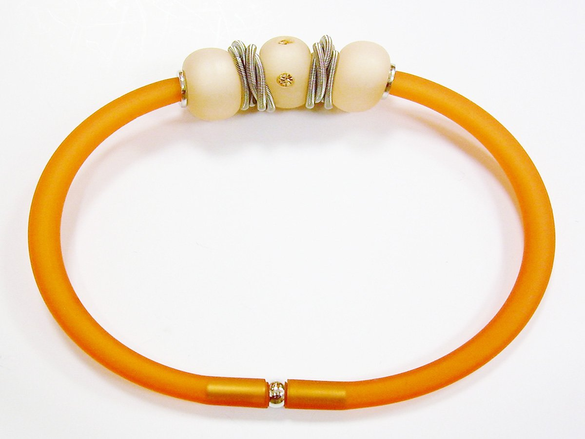 BRACCIALE PVC LIGHT PEACH CON RONDELLE PLEXI LIGHT PEACH