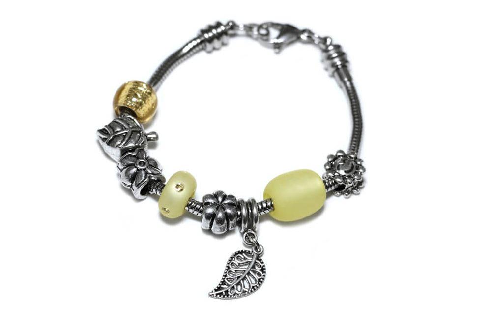 """Bracciale tipo """"PANDORA"""" tema natura con Charms e Perle colore Giallo"""