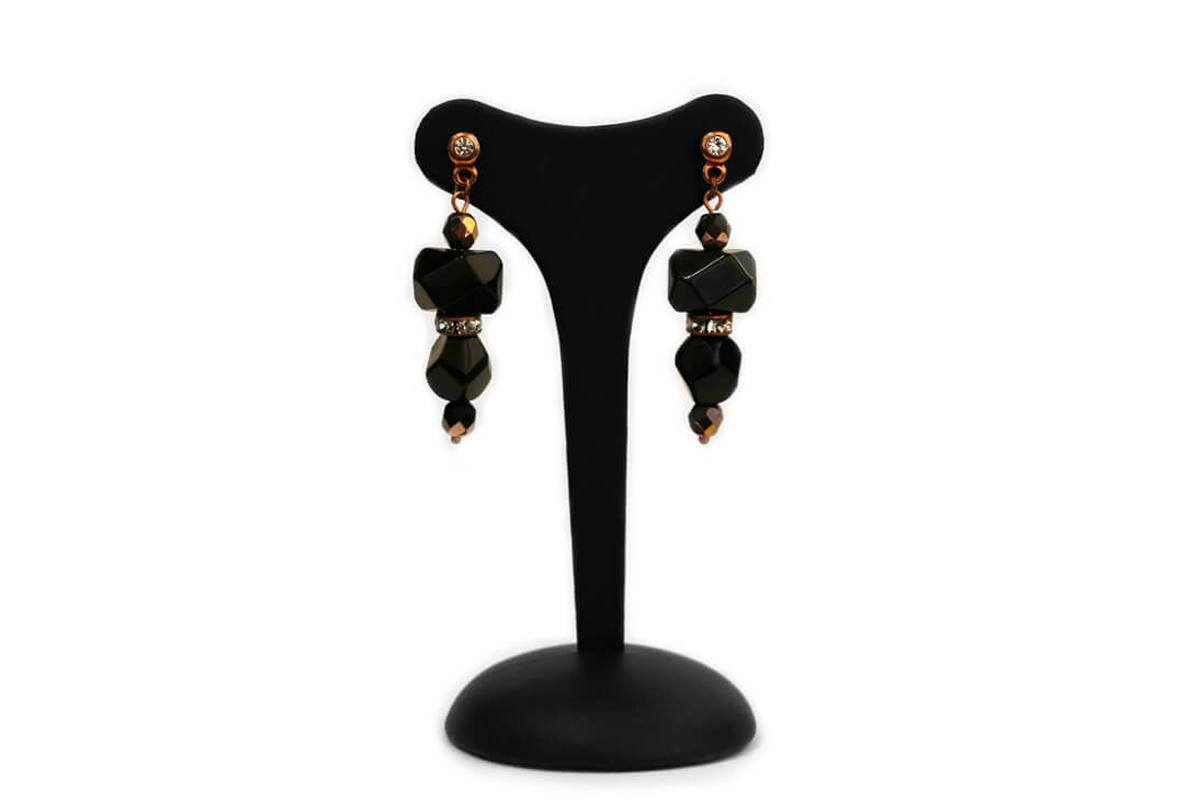 """Orecchini pendente """"GIOIELLO"""" con Perle Plexi, Mezzo Cristalli colore Nero e Rondelle Strass"""
